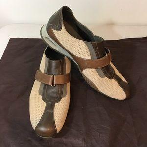 Come Haan Sneakers, Ecru, lightly Worn sz 10.5